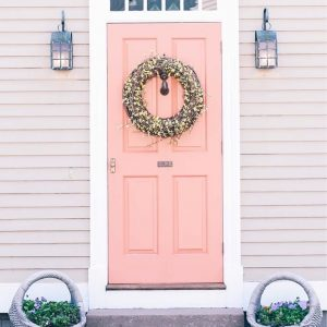 A little pink door inspiration today via jessannkirby One dayhellip
