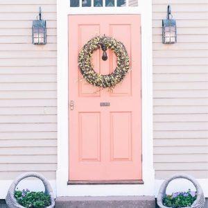 A little pink door inspiration today via jessannkirby One dayhellip
